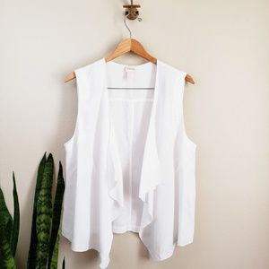 Chicos open front draped vest soft flowy size L